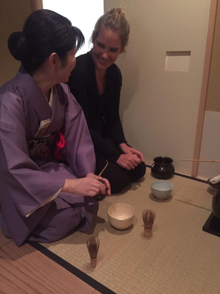 外国人茶道体験写真